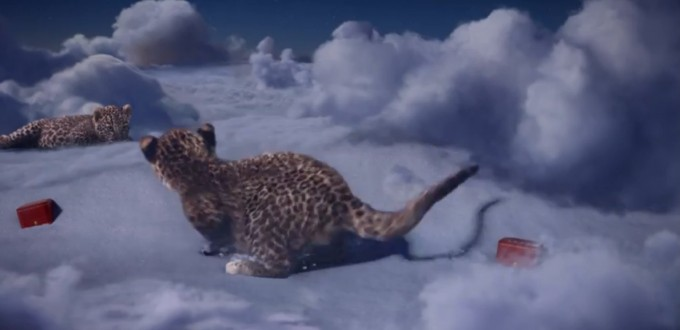 video Cartier - Noël par les bébés panthère
